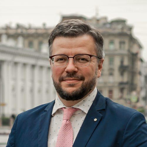 Юрий Снисаренко